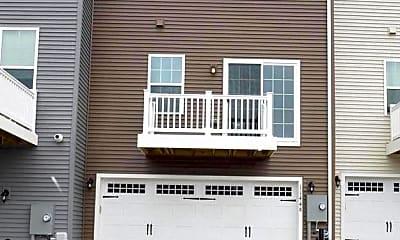 Building, 11448 Willow Green Cir, 2