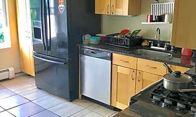 Kitchen, 641 Beach St, 2