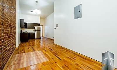 Living Room, 84 George St, 1