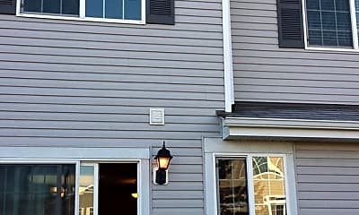 Building, 3091 Courtland St, 2
