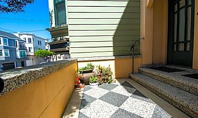 Patio / Deck, 2826 Gough St, 1