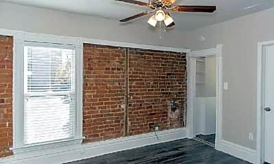 Dining Room, 1453 N Williams St, 1