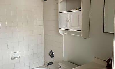 Bathroom, 1342 Drexel Ave, 1