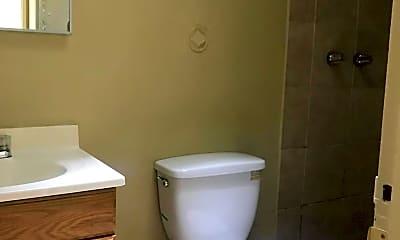 Bathroom, 702 E 9th St 1, 2
