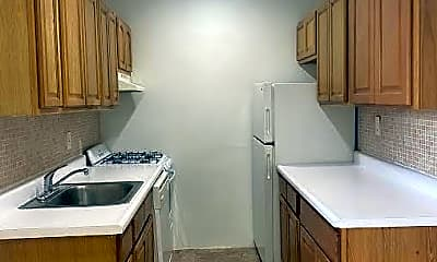 Kitchen, 149-45 Northern Blvd 2-J, 2