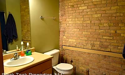 Bathroom, 419 N Main St, 2