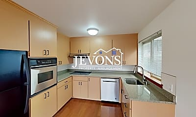 Kitchen, 1411 Taylor Ave N, 1