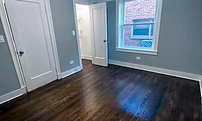 Living Room, 5034 N Washtenaw Ave, 0