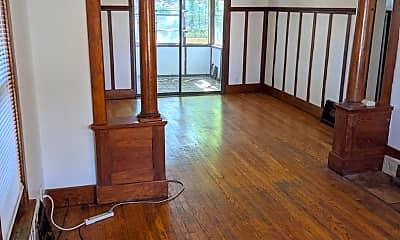 Living Room, 205 W John St, 0