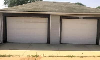Building, 5809 S Natchez Ave, 2