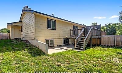 Building, 8719 Lakeland Cir, 2