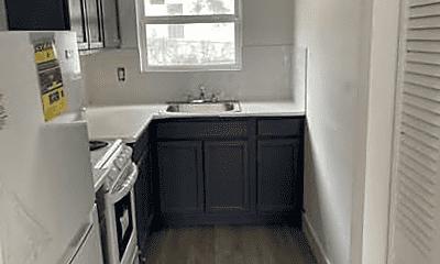 Kitchen, 1068 Sutter Ave, 0