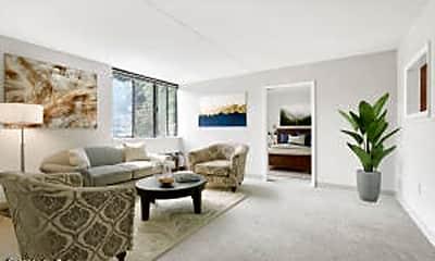 Living Room, 2960 Goose Creek Rd 2, 0