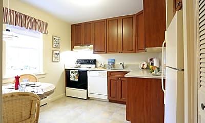 Kitchen, 126 Captains Dr, 1