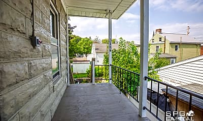 Patio / Deck, 315 S 2nd St, 2