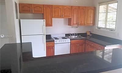 Kitchen, 1718 Thomas St 1, 0