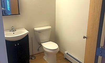 Bathroom, 409 N Broadway, 1
