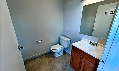 Bathroom, 2202 Capitan Dr, 1