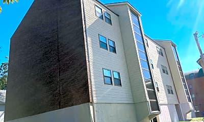 Building, 405 E Stoughton St, 0