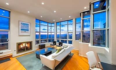 Living Room, 2519 Crest Dr, 1