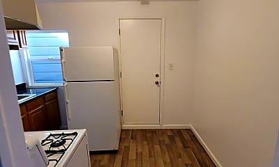 Kitchen, 2124 Clement St, 2