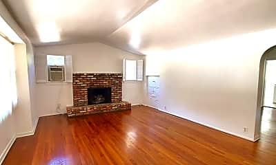 Living Room, 700 Garfield Ave, 1