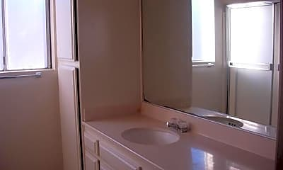 Bathroom, 13935 Kornblum Ave., 2