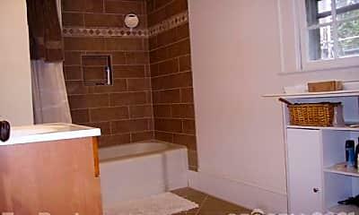 Bathroom, 2514 Vail Ave, 2