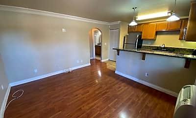Kitchen, 800 N Mollison Ave, 1