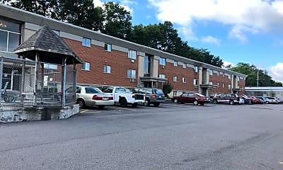 Royal Pines Apartments, 2