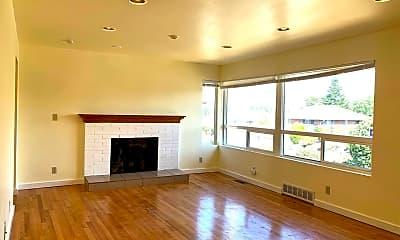 Living Room, 6047 31st Ave S, 1