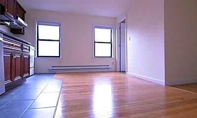 Living Room, 33 Oak St, 1