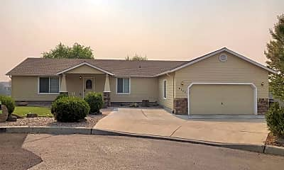 Building, 2131 NW Canyon Ct, 0