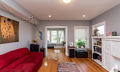 Living Room, 4735 N Drake 1, 2