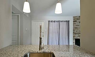 Kitchen, Lakewood on Henderson, 1
