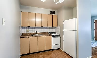 Kitchen, 3100 Arsenal St, 1