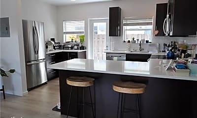 Kitchen, 808 NE 17th Way, 1