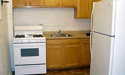 Kitchen, 2830 E 130th St, 1