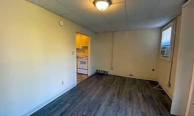 Living Room, 1217 Chestnut St, 1