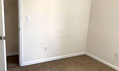 Bedroom, 70 Morris St, 2