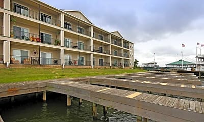 Building, Southern Empress Lakeside Condominiums, 0