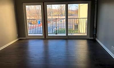 Living Room, 828 Sunset Ave, 2