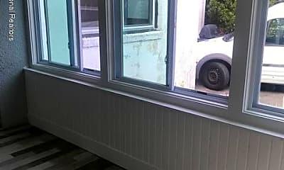 Patio / Deck, 510 Cedar Ave, 1