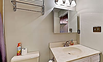 Bathroom, 123 Woodhaven Dr, 1