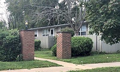 Pines Apartment, 0