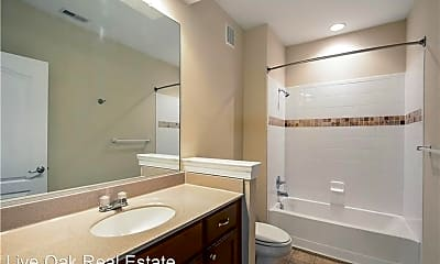 Bathroom, 5557 Frog Pond Ln, 2