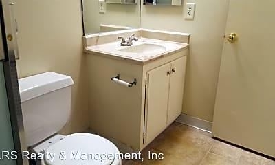Bathroom, 18429 Prairie St, 2