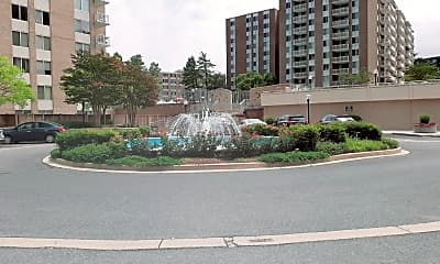 3001 Veazey Terrace NW 528, 1