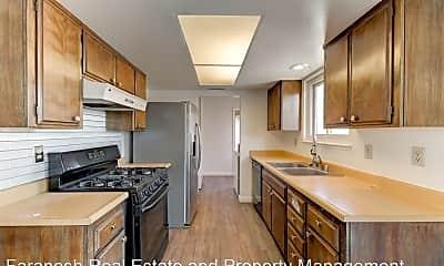 Kitchen, 4775 Monterrey Ave, 1