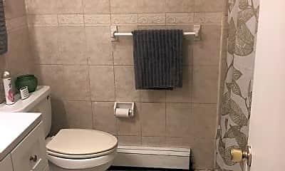 Bathroom, 84 Garfield Ave, 1
